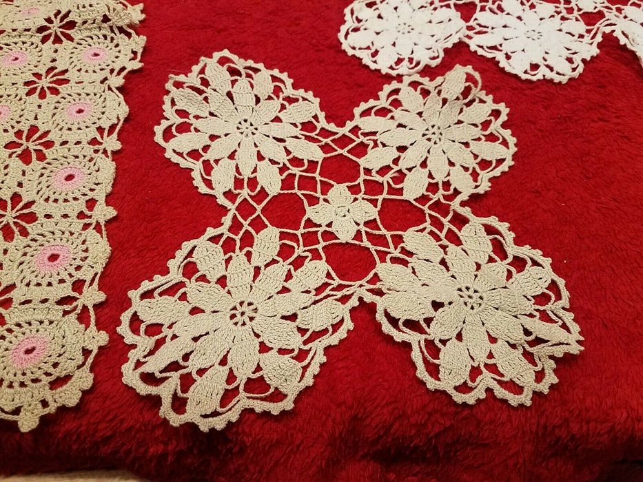 Set of 4 Hand Made Embroidery Pieces 2 Tabletop Pieces, 2 Doilies Tan Flowers