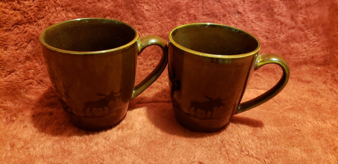 Lot 2: Ceramic Dennis East Moose Stoneware Mug Brown