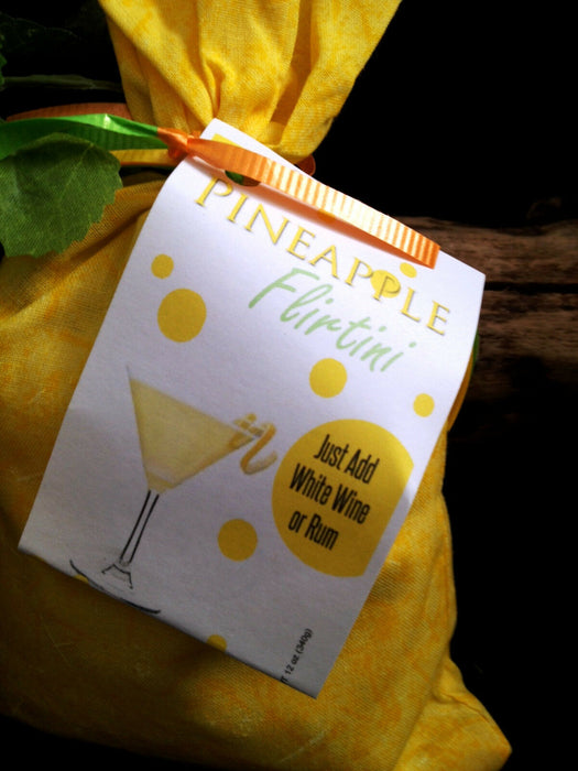 Mix-it-up Pineapple Flirtini - mix as it is or just add White Wine or Rum