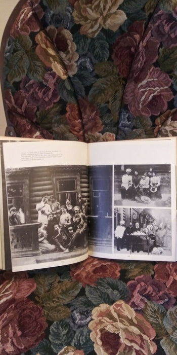 Russian Empire: A Portrait in Photographs Chloe Obelensky (1979) Book Hardcover