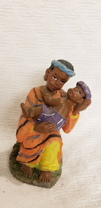 Lot 3:  Vintage K'S COLLECTION Ceramic Dollar Tree African Figurines