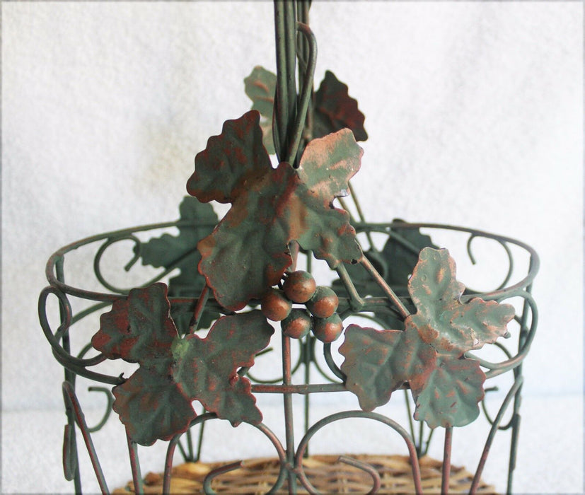 2 Bottle Wine holder Metal with Metal leaves and grapes,  Rattan bottom