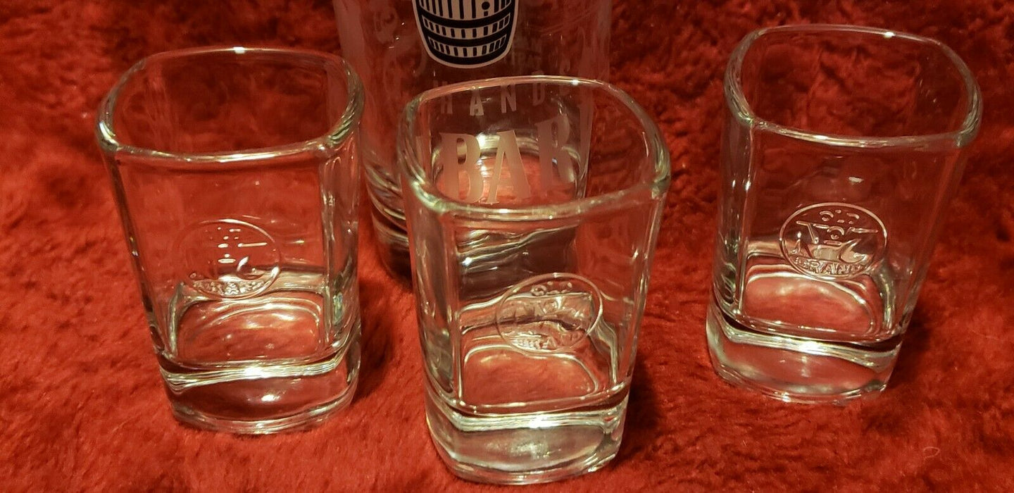 Lot 4: Jack Daniels Old No 7 Whiskey x3 Square Shot Glasses plus High Ball