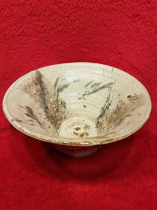 Hand Crafted Art Pottery Serving Fruit Bowl w/ Circle Pattern Tan & Brown