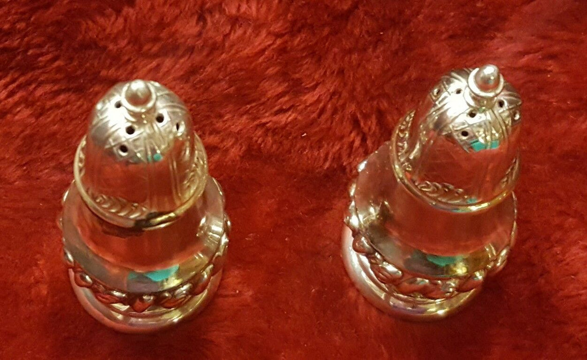 Vintage Set of 2 W. B. Mfg Co. Silverplated Salt & Pepper Shakers 3851