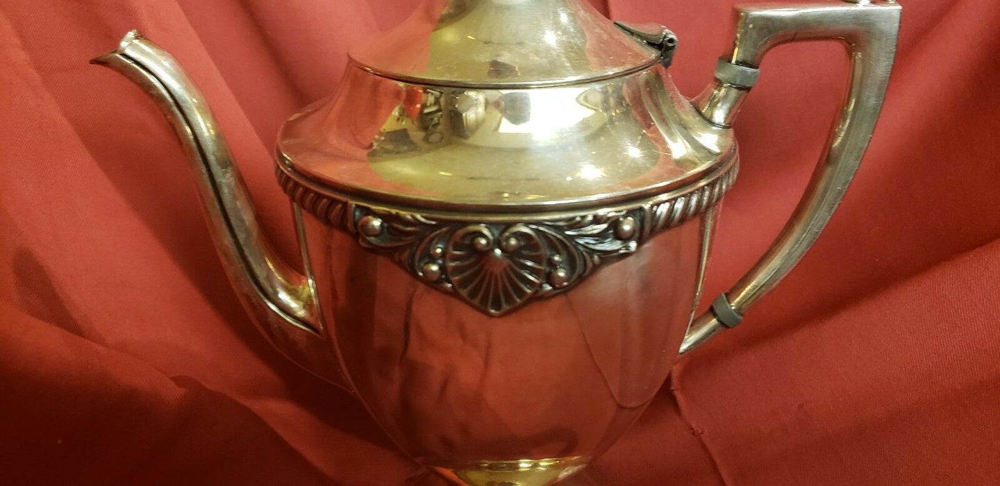 CRESCENT SILVERWARE MFG CO INC SILVER PLATED TEA POT CREAMER SUGAR. Heart Edging