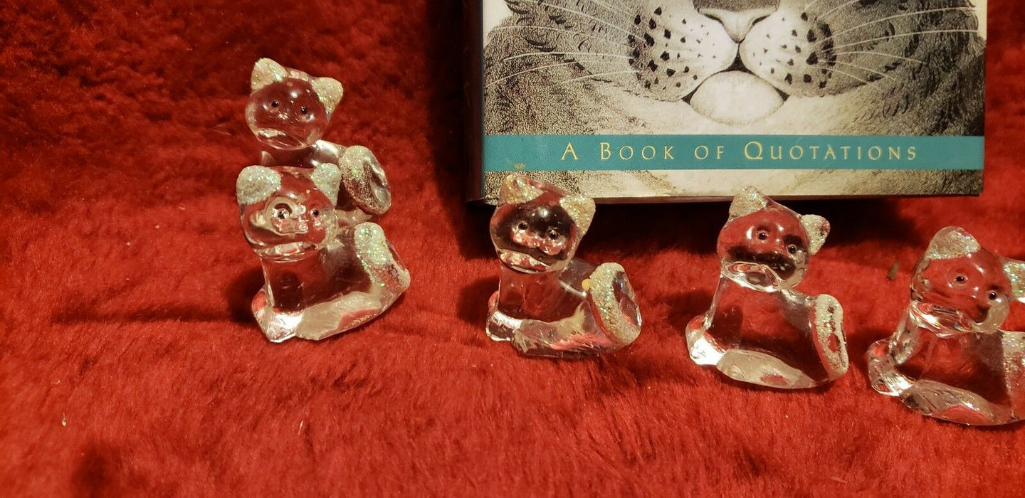 Lot 6: 5-Piece Mini Glass Kitty Cats Made In China plus bonus Cat Quotation book