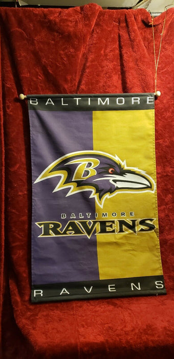 Lot 5: Vintage Ravens Garbage Can, Pillows, Clock, Banner NFL Football Decor