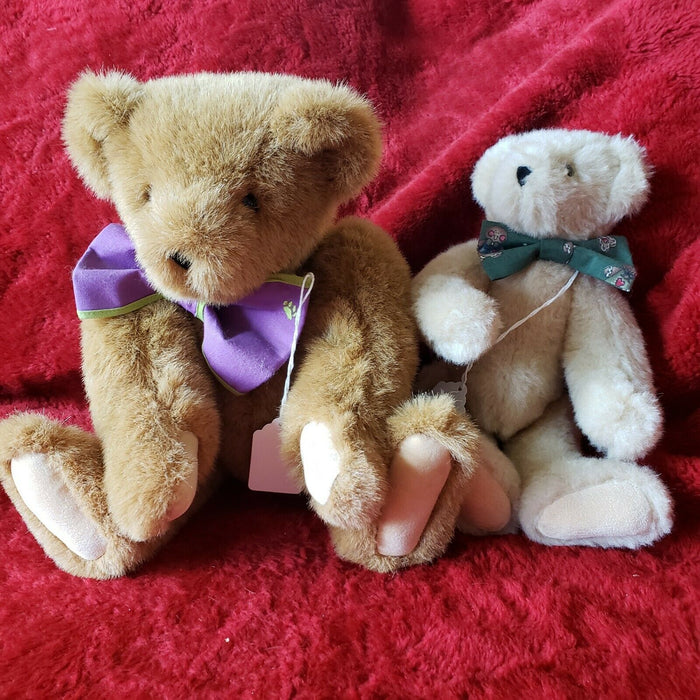 Lot 2: 1994 Teddy Bear By The Vermont Teddy Bear Company, Brown & Beige