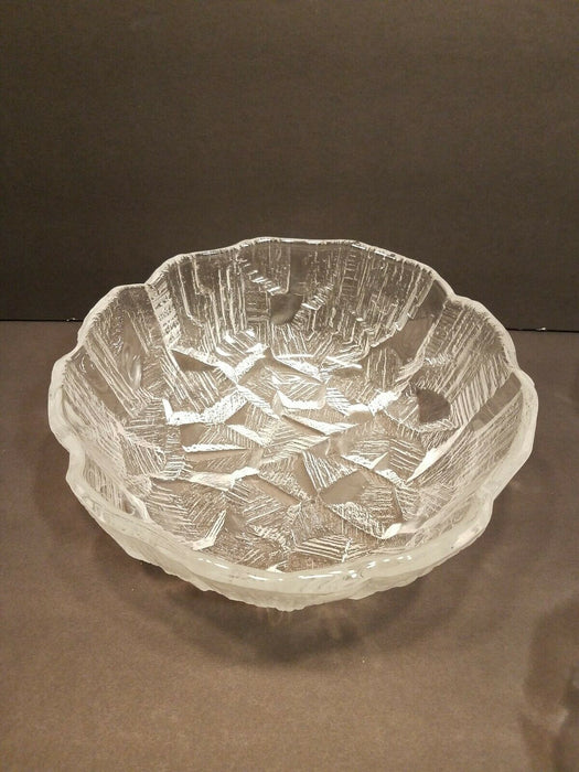 5 Piece, Etched Glass Salad Bowl Serving Set Scalloped Edges & Geometric Pattern