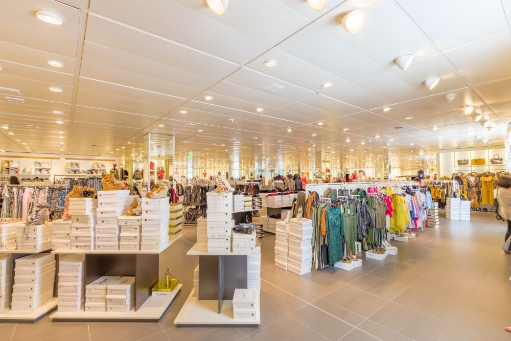 How Does Fast Fashion Affect The Economy retail