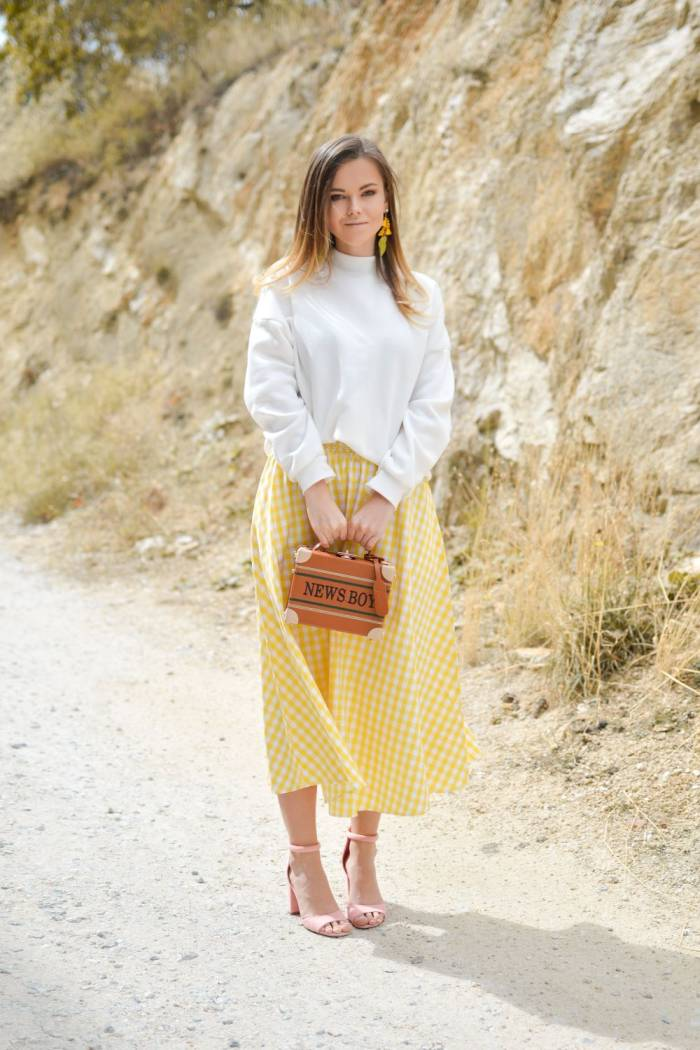 fast fashion yellow skirt pin