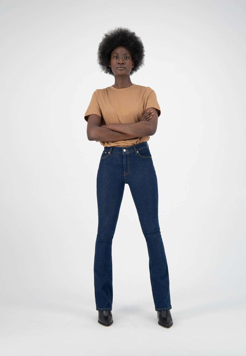 mud jeans sustainable durable clothes