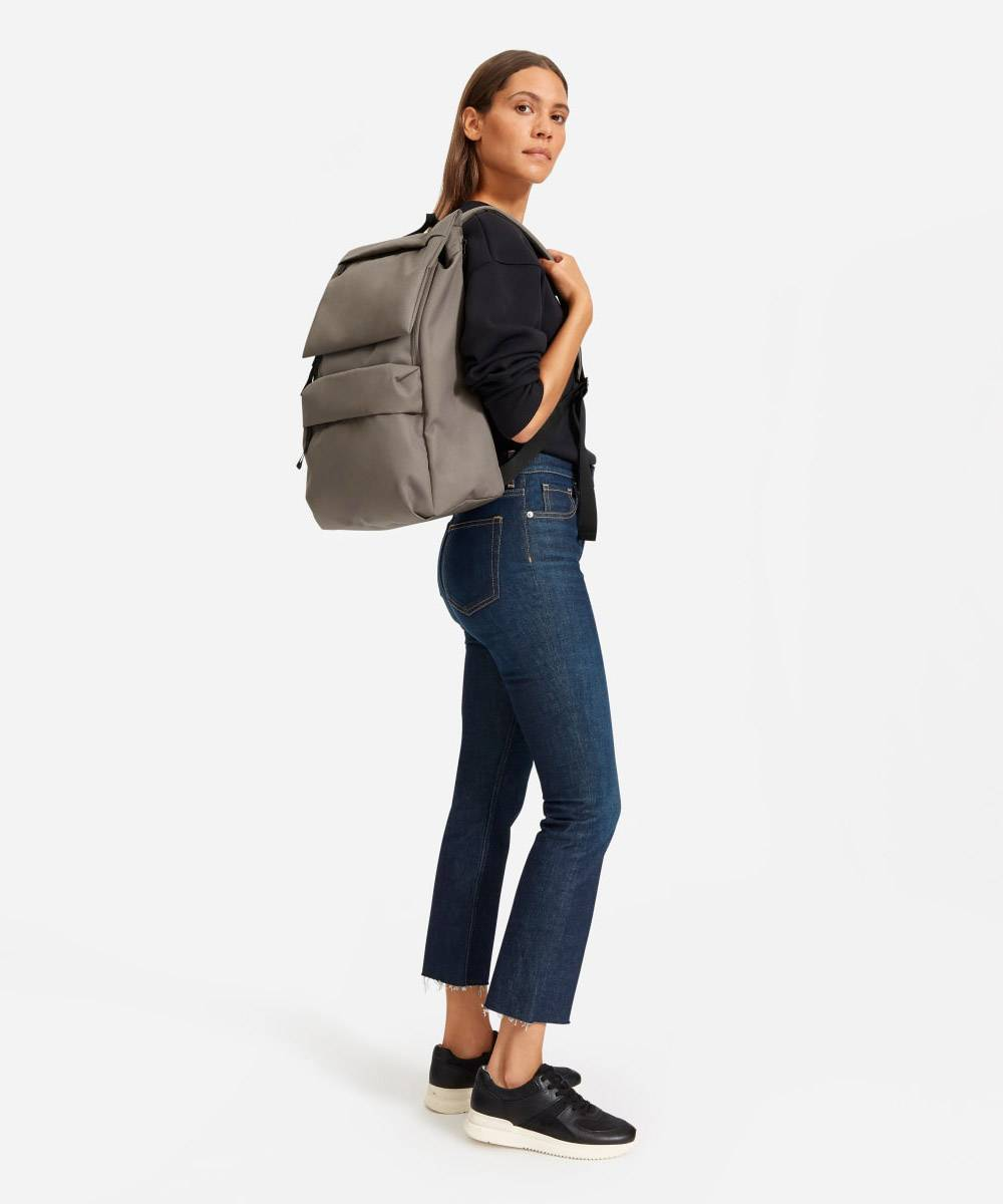 everlane sustainable cruelty free backpack