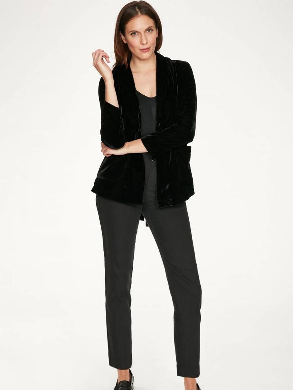 thought black timeless classic clothes