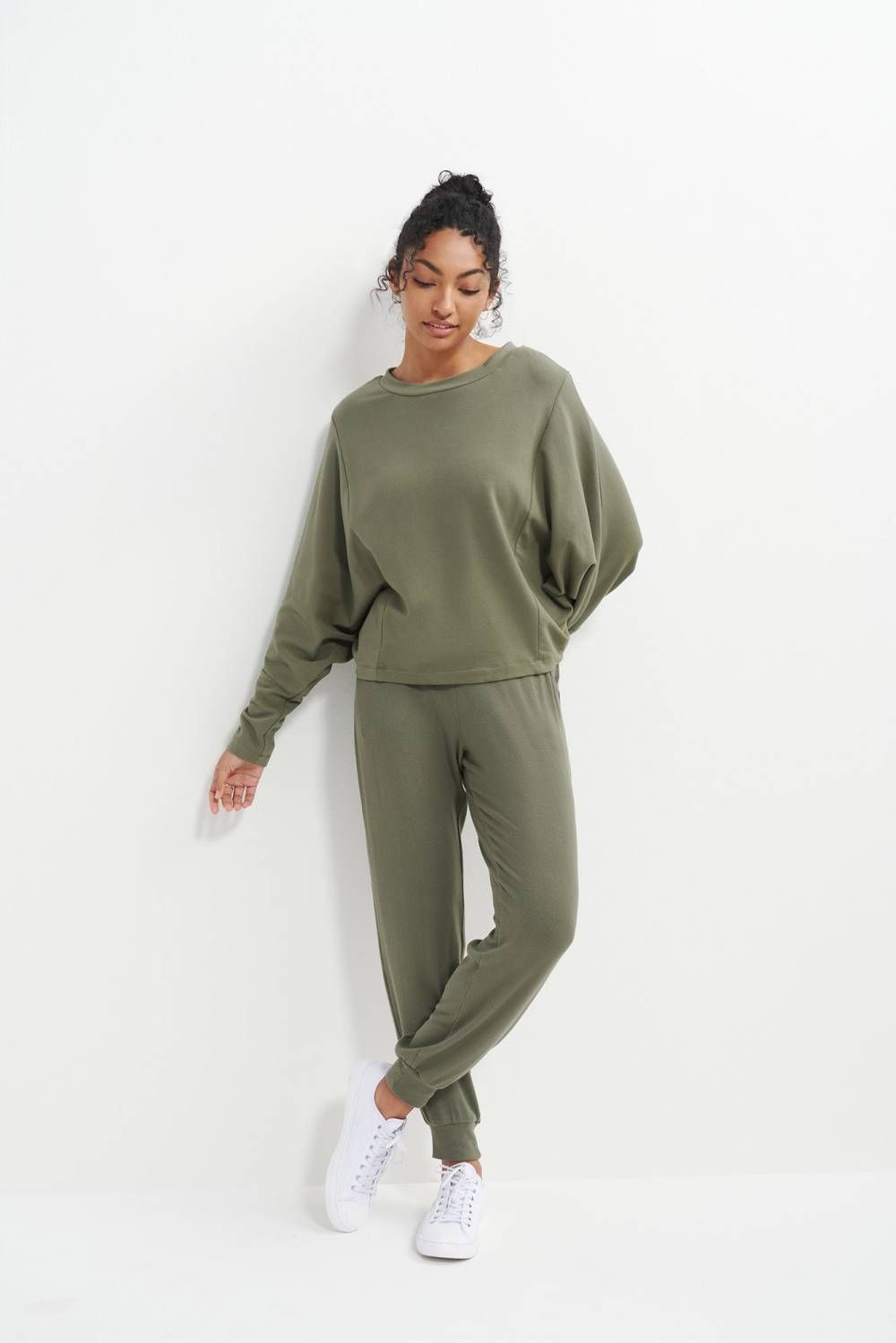 amour vert affordable sustainable sweatpants