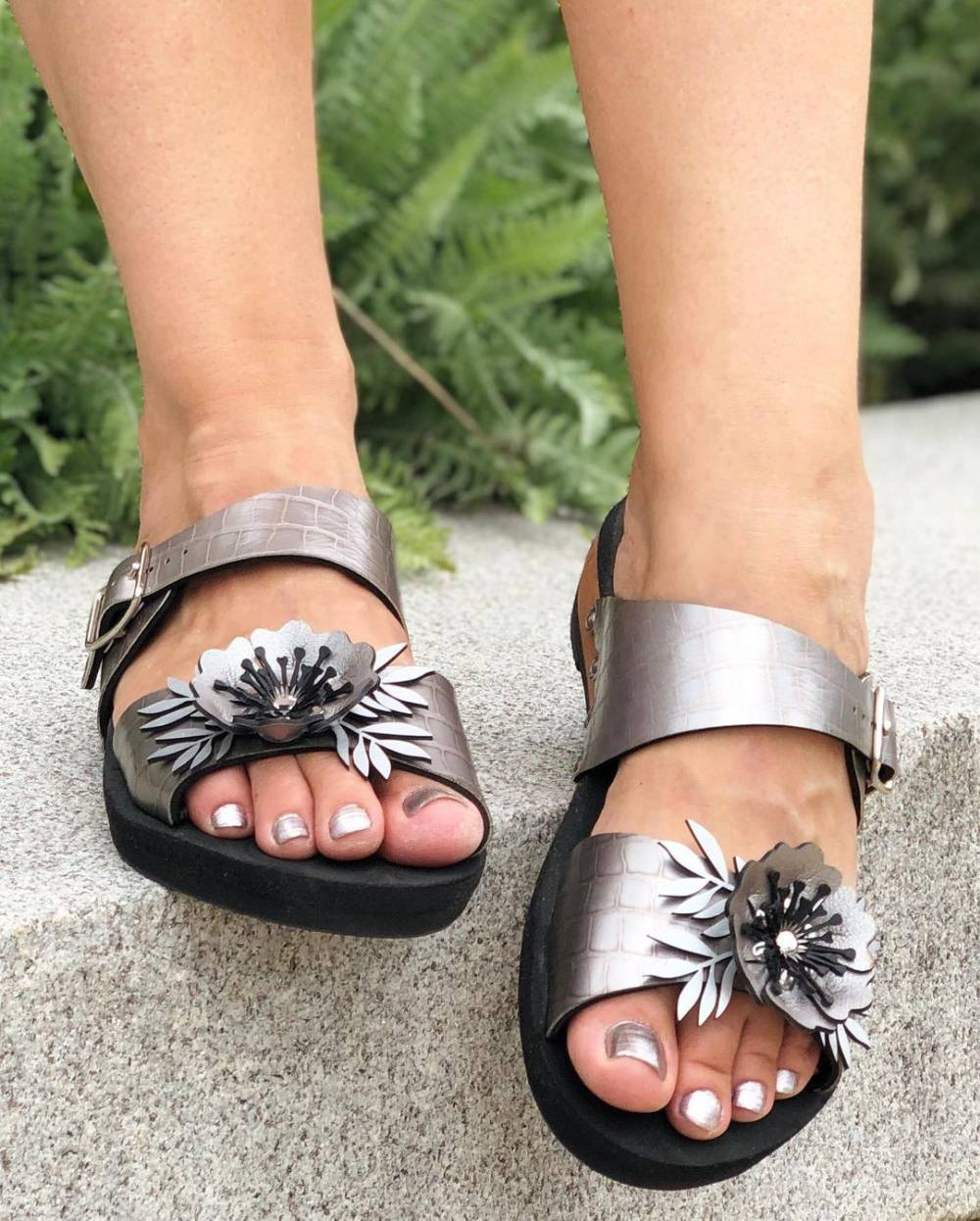 mohop ethical vegan sustainable sandals