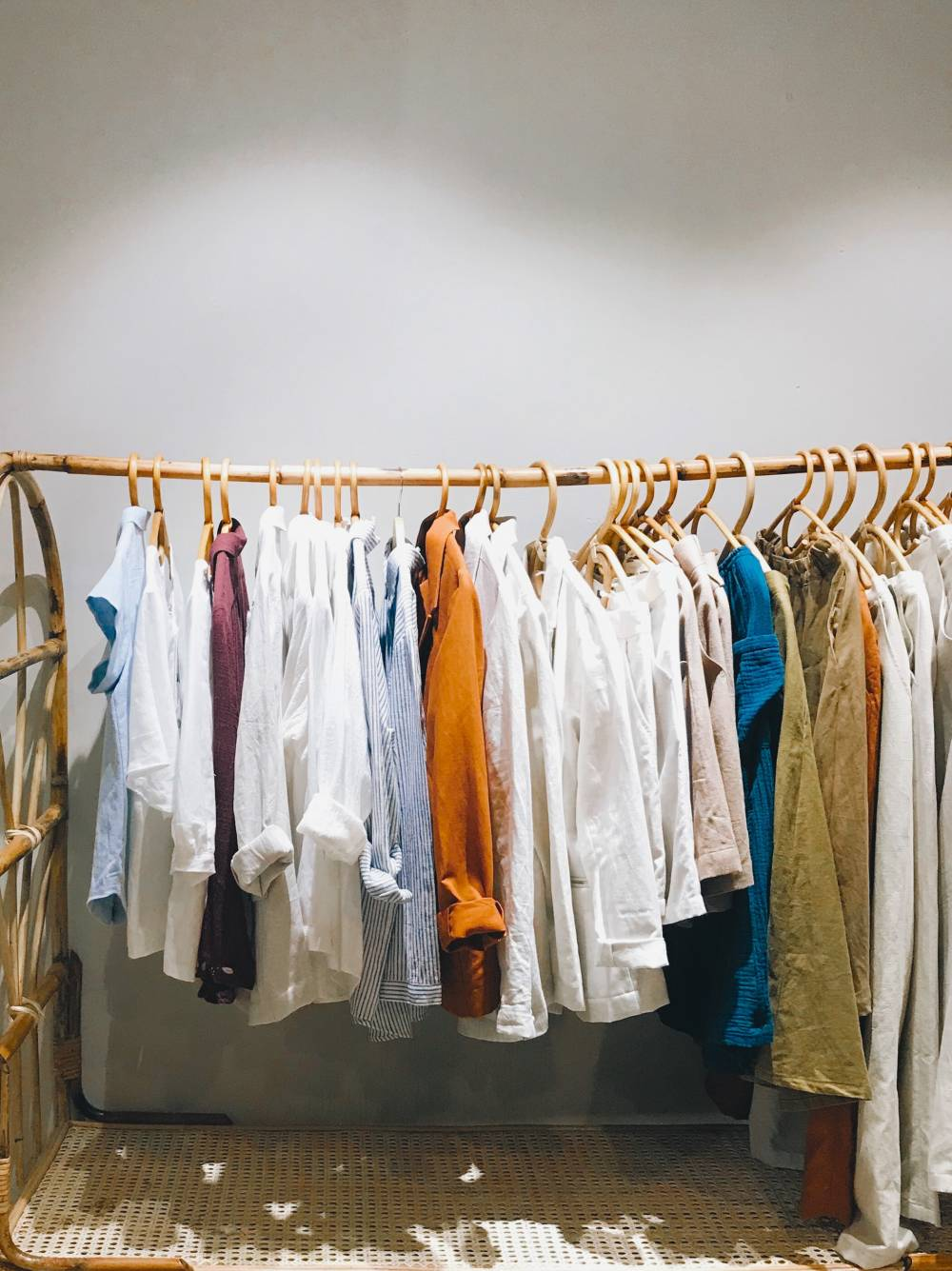fashion mistakes to avoid too many clothes