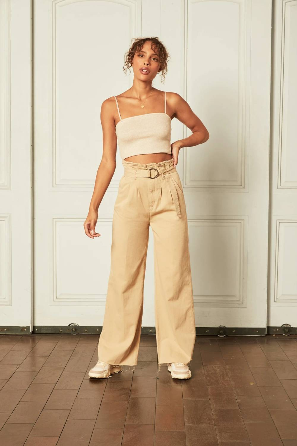 boyish jeans christmas party outfit