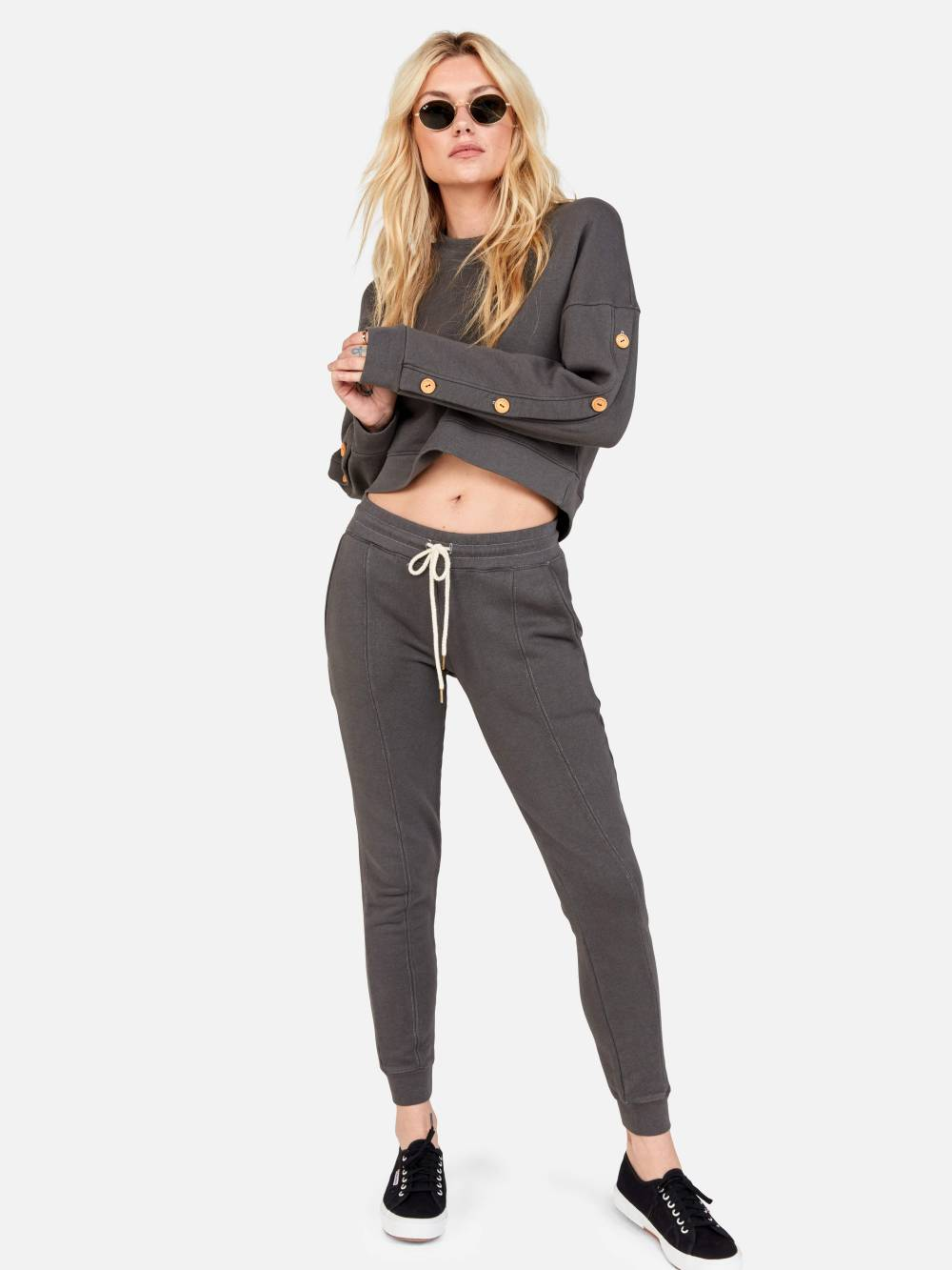 comfy cozy christmas party outfit