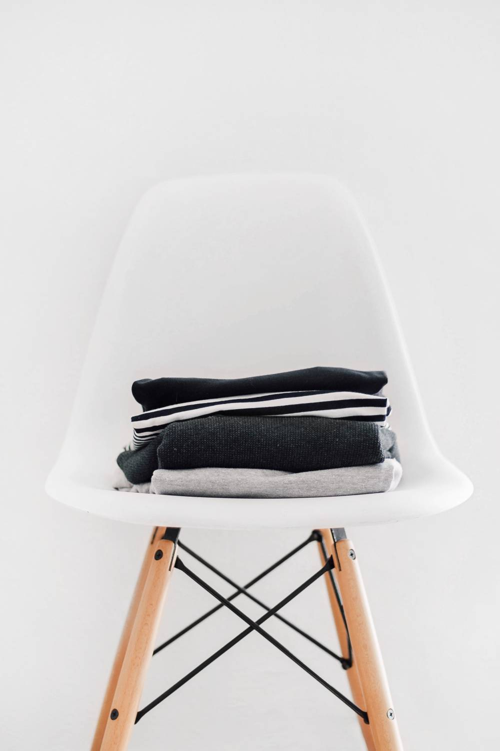minimalist chair clothes