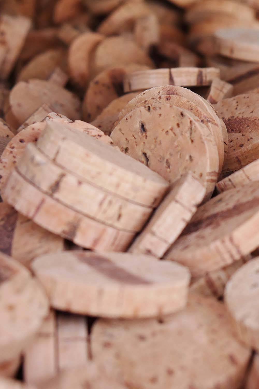 cork material sustainable