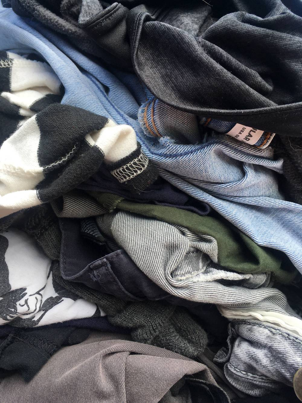 textile waste fast fashion facts