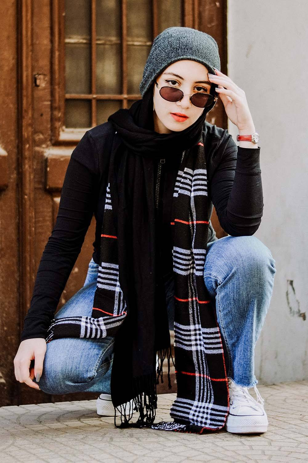 how dress androgynous sunglasses