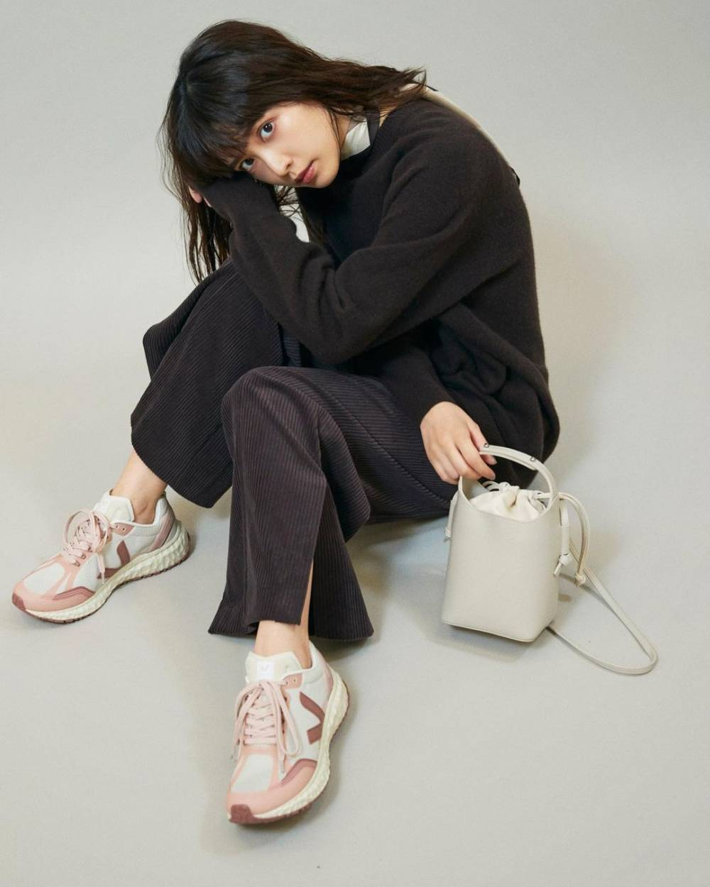 veja sustainable innovative fashion brand