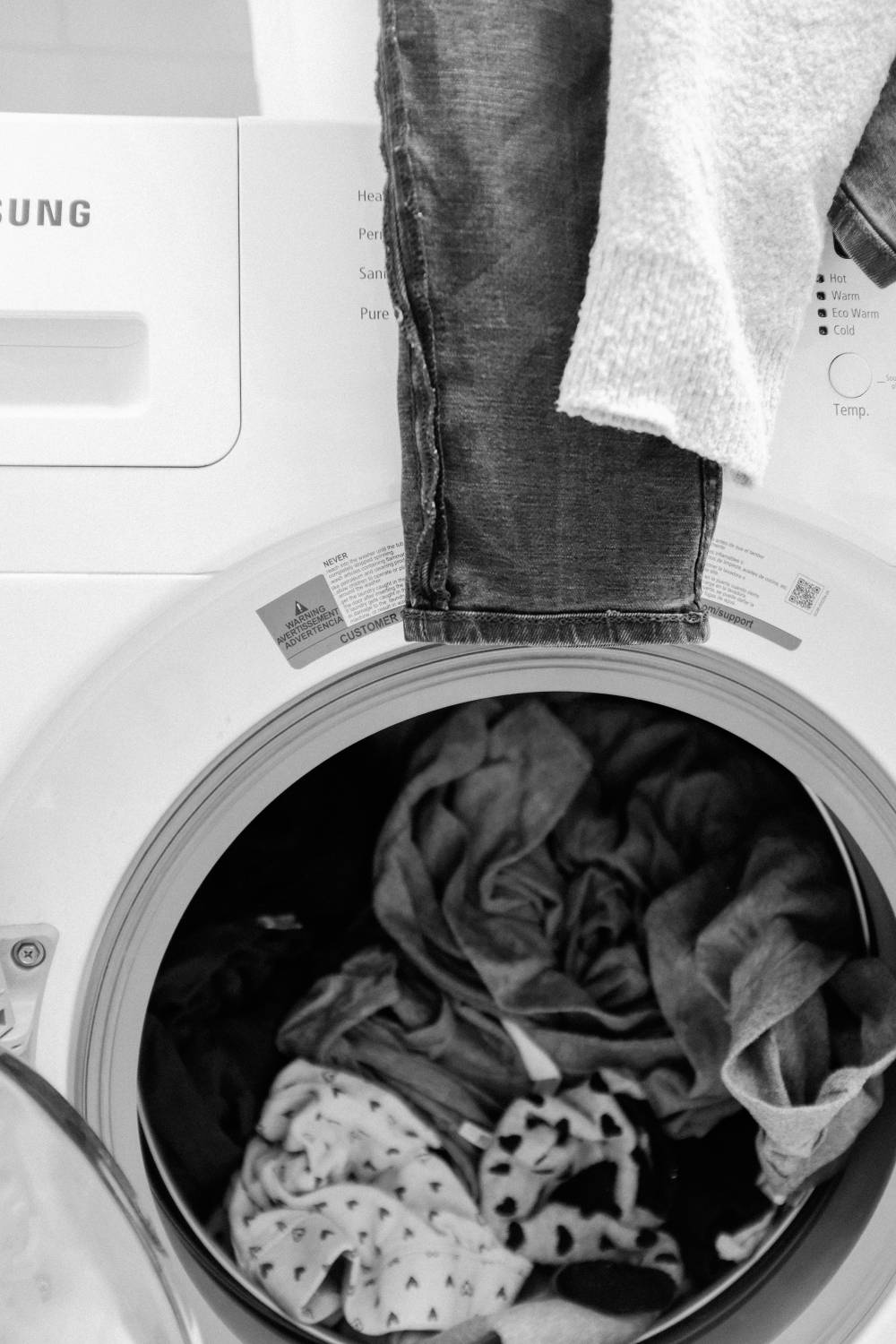 fill washing machine clothing
