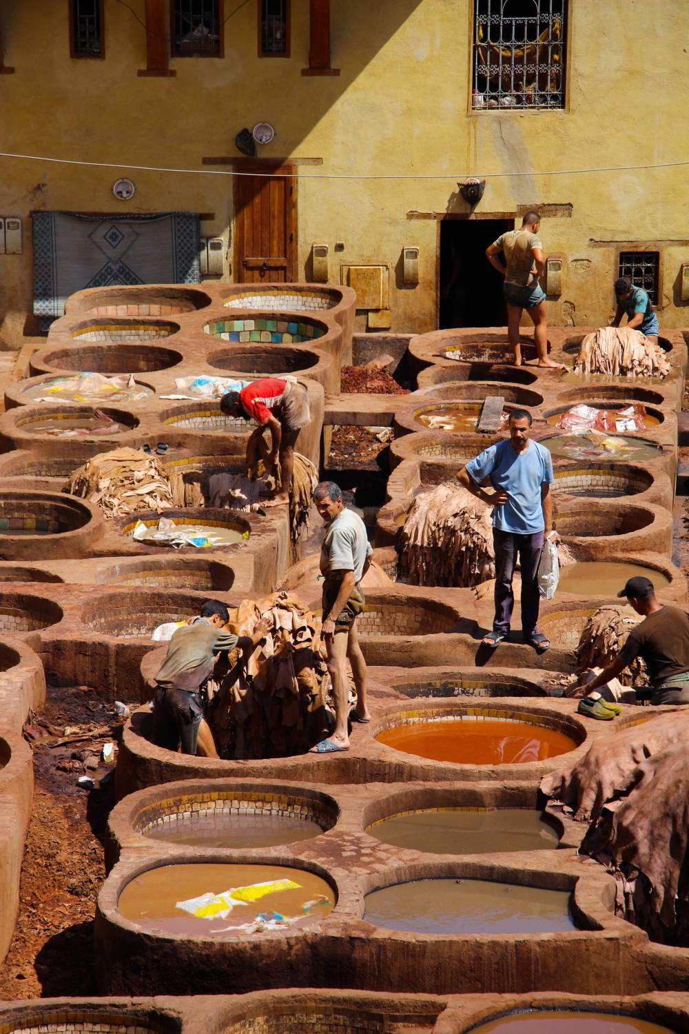 leather tanning toxic clothing