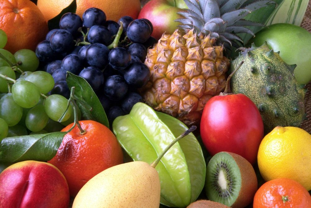 fruits healthy food overeating