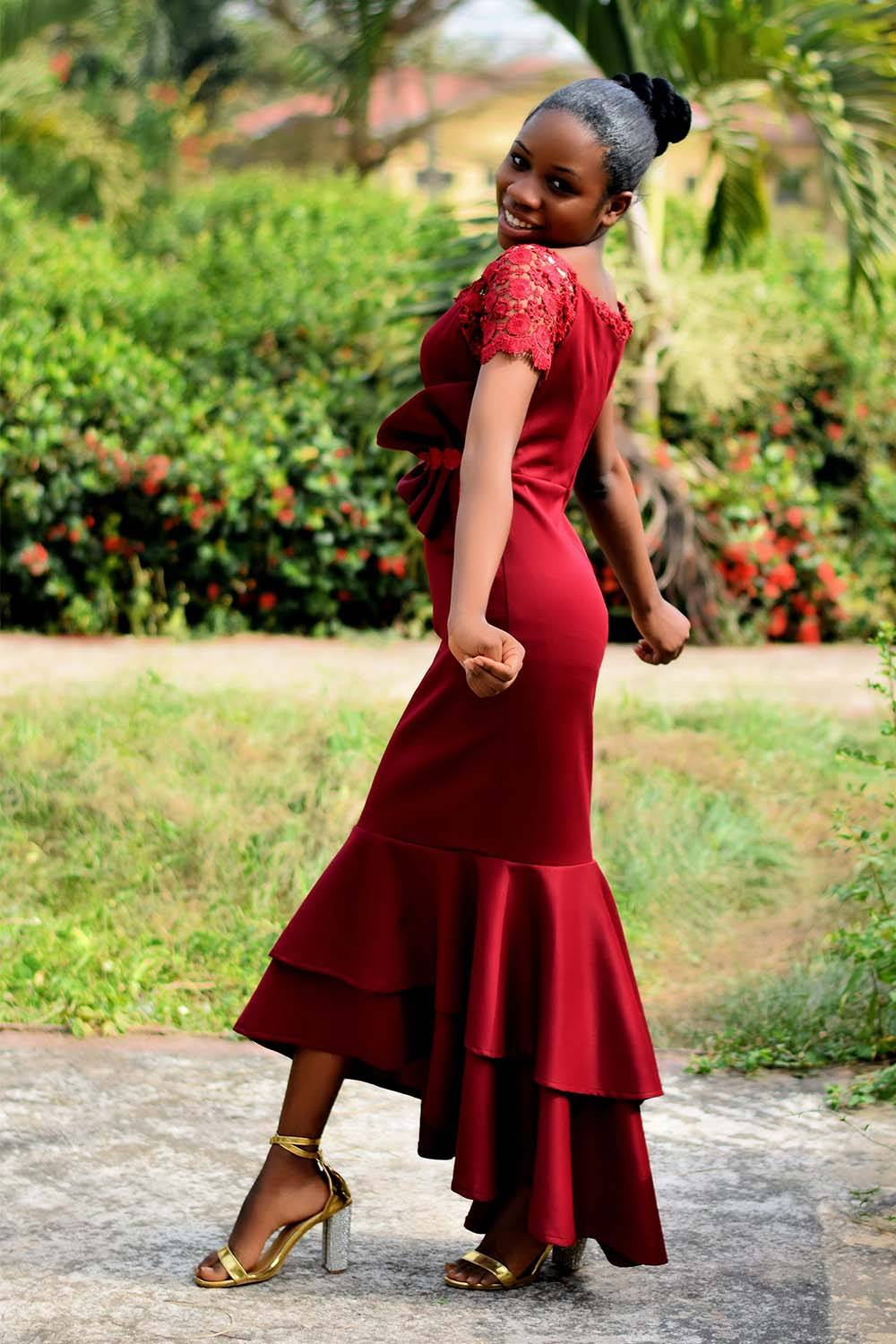what wear first date red dress