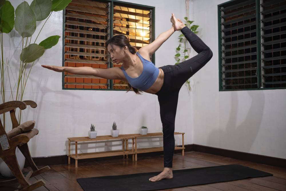 yoga gym challenge pose