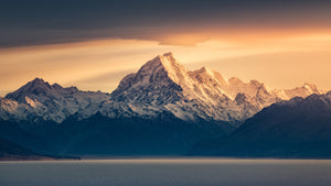 Autumn sunrise at Mount Cook Aoraki across beautiful Lake Pukaki