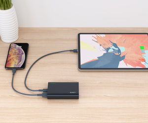 Aukey PB-XD12 10,000mAh 37W USB-C Power Delivery & Quick Charge 3.0 Powerbank