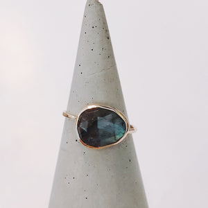 Labradorite Ring - ami boutique