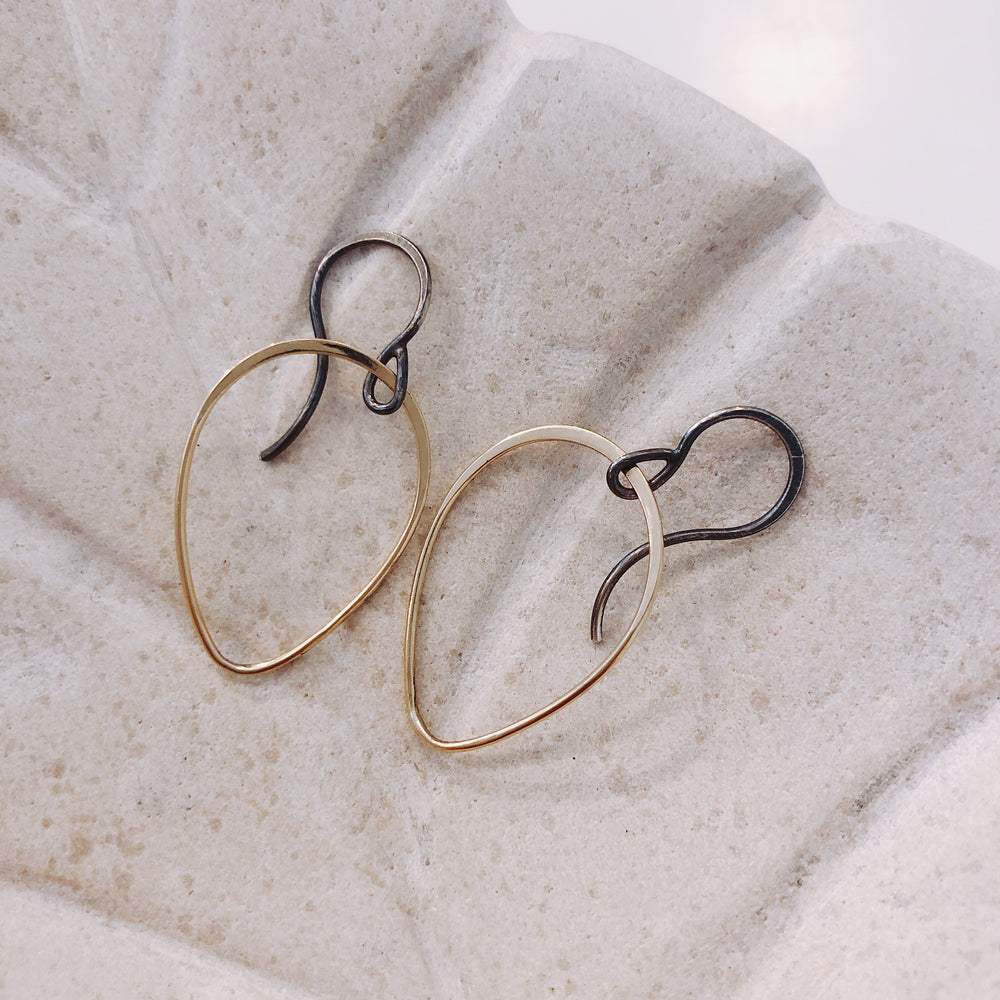 Yellow Gold Teardrop Earring