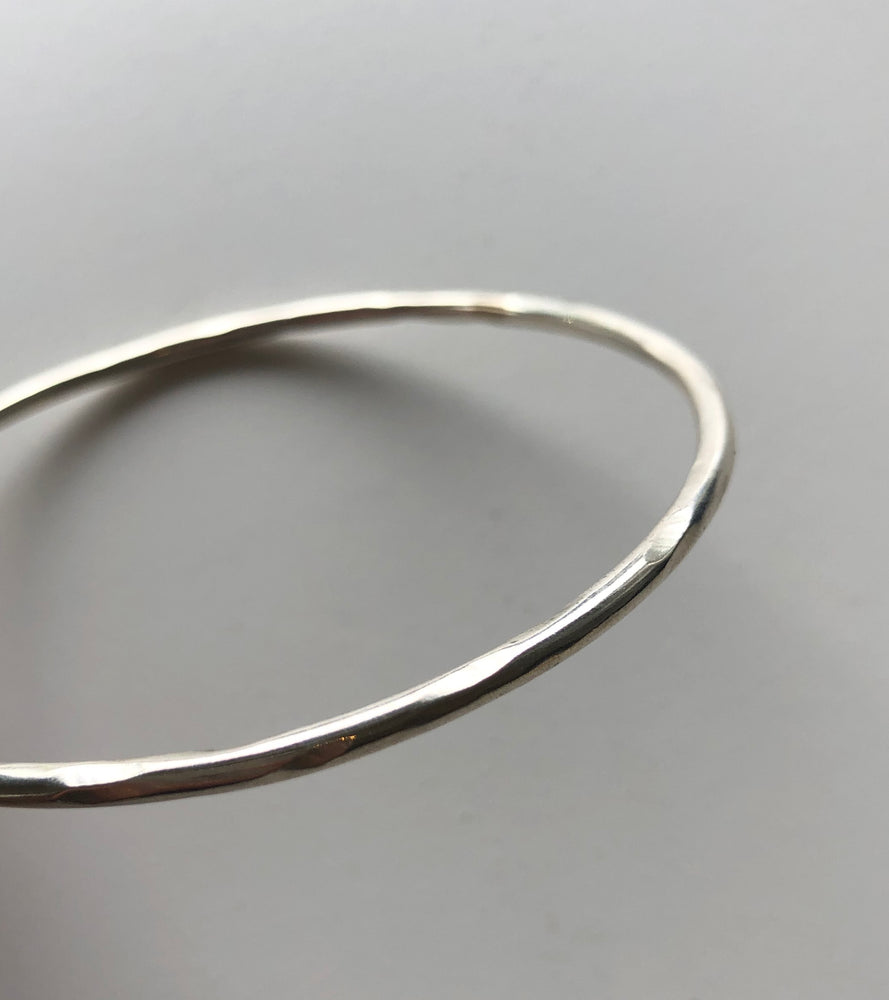 Texture Bangle - Silver - ami boutique