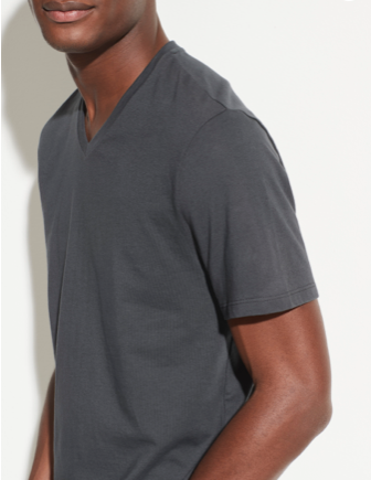 Faded blk v-neck