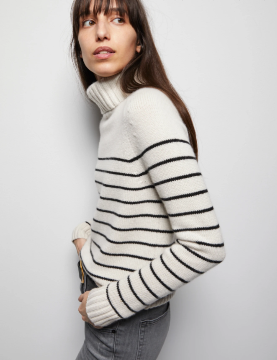 Molly Turtleneck - ami boutique