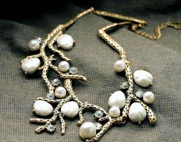 SharpStyle Pearl Necklace with Snake-link Chain