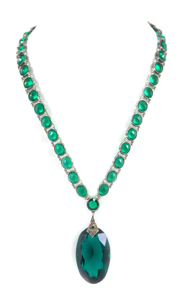 1930'S GREEN CZECH NECKLACE