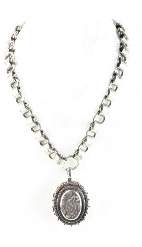 VICTORIAN BOOK CHAIN NECKLACE WITH LOCKET