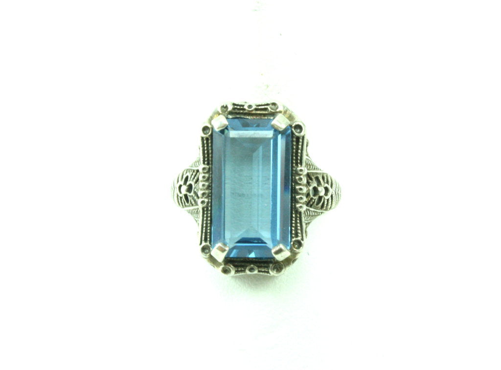UNSIGNED DECO TOPAZ RING