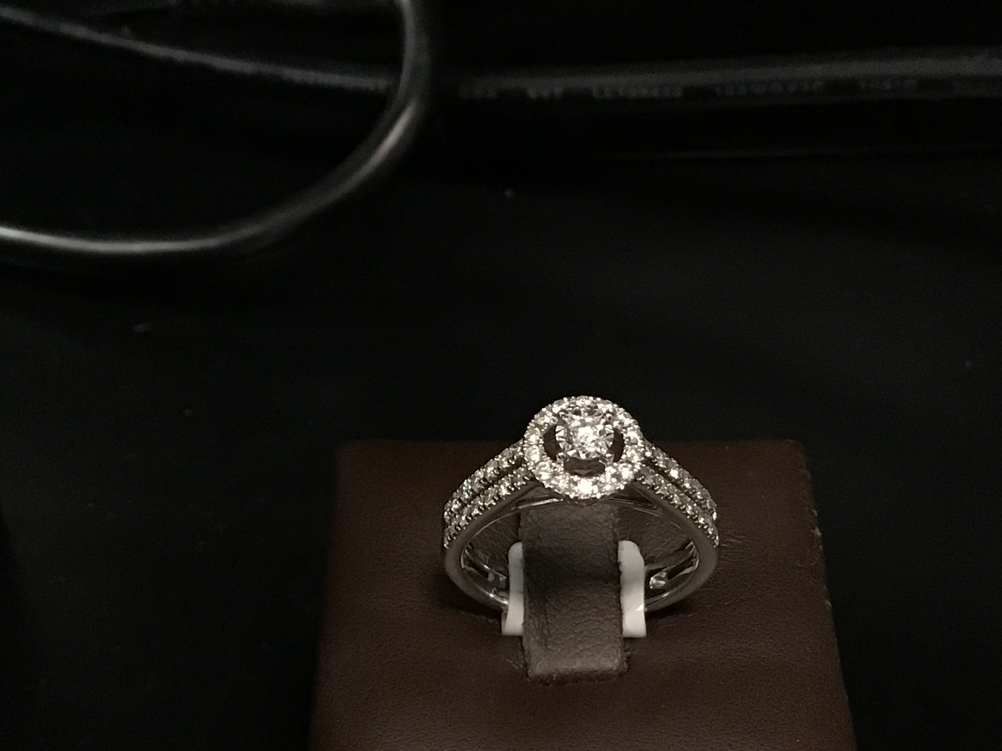 Double band engagement ring