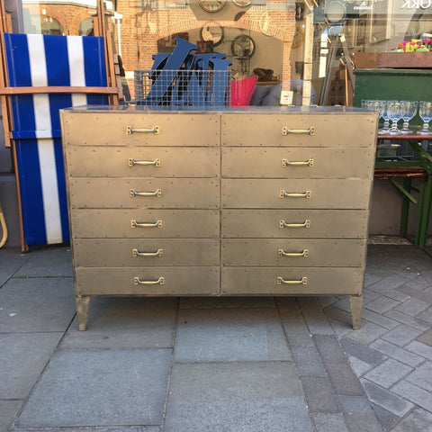 products/Large-Industrial-Chest-of-Drawers.jpg