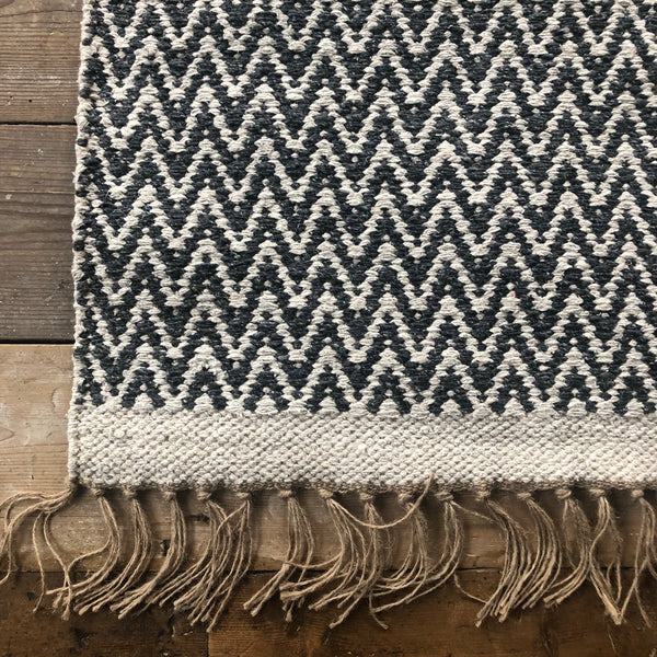 Dark Grey and Natural Jute & Cotton Zig Zag Rug