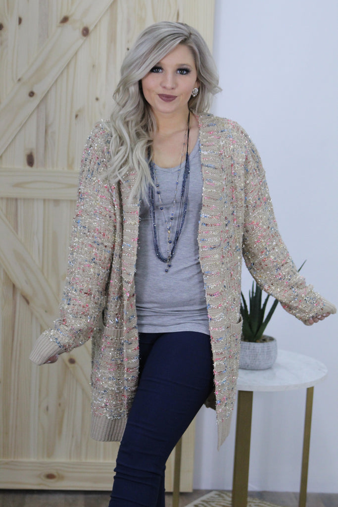 Off The Scene Cardigan In Taupe
