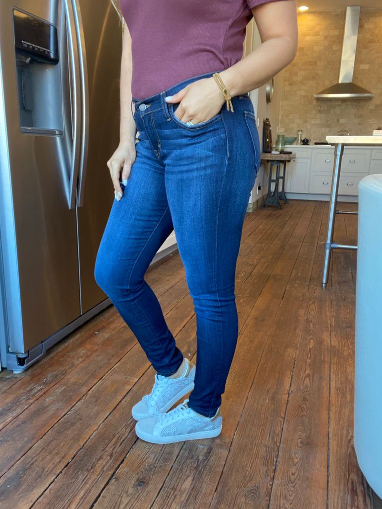 The Sutton Denim in Curvy